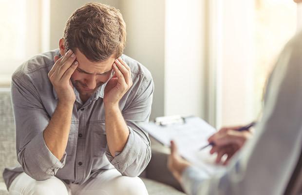 Chứng tăng động giảm chú ý ở người lớn khiến họ hay lo lắng